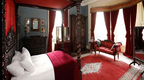 Castle Leslie Monaghan room