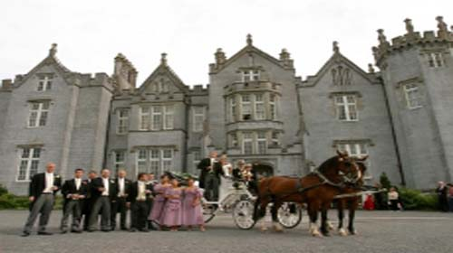 Castle Leslie Offaly wed