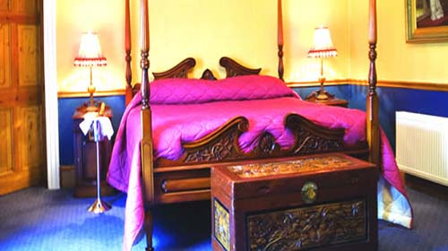 Darver Castle Louth bed